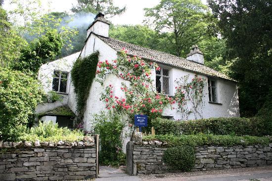 dove-cottage-casa-del-poeta-william-wordsworth-y-thomas-dequincey-posteriormente-en-la-ciudad-de-grasmere