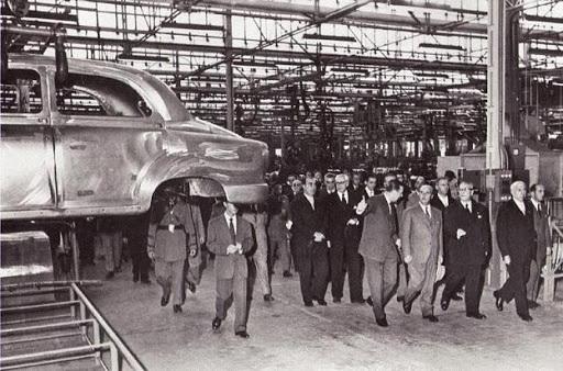 seat-5-octubre-1955-franco-inaugura-fabrica-en-martorell