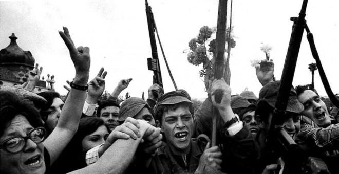 Revolucion de los claveles